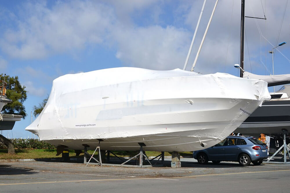Average Cost of Buying & Owning a Sailboat (With 4 Examples)