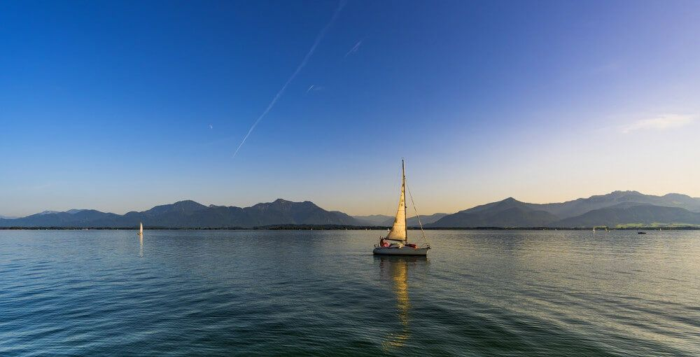 What is the Average Speed of a Sailboat?